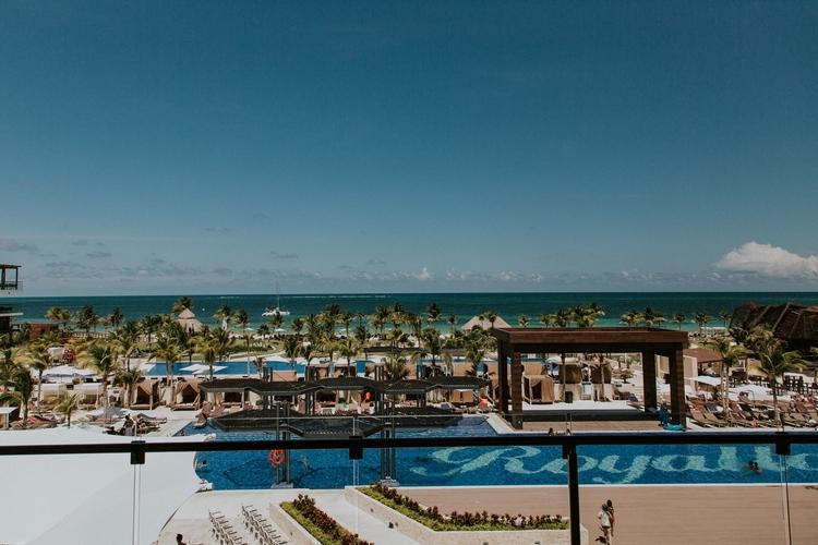 beach wedding at Royalton Riviera Cancun 258