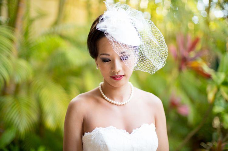 beach wedding attire tips birdcage veil