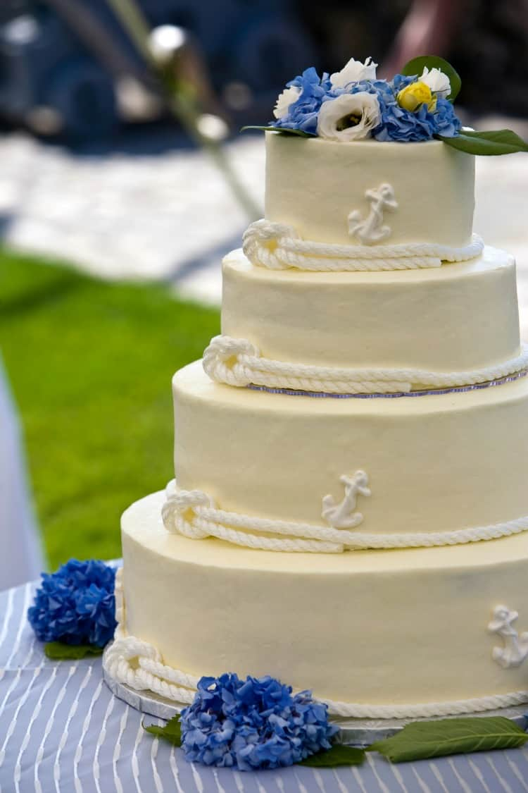 beach wedding cake21