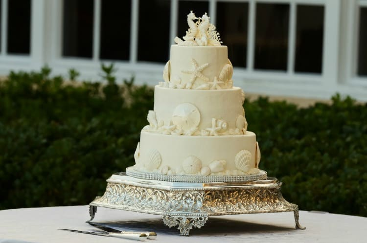 beach wedding cake6