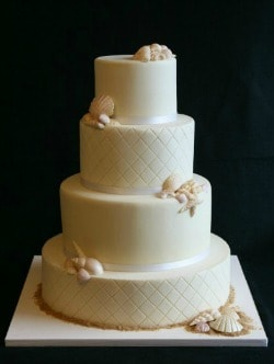 beach wedding cakes 01