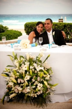 Beach Wedding Flowers money saving tips