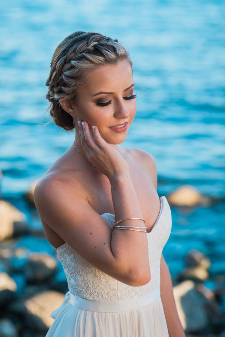 beach wedding hairstyles 9