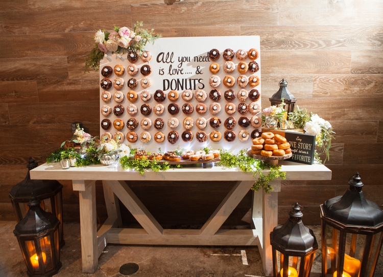 17 Gorgeous Amp Unique Destination Wedding Cake Designs From