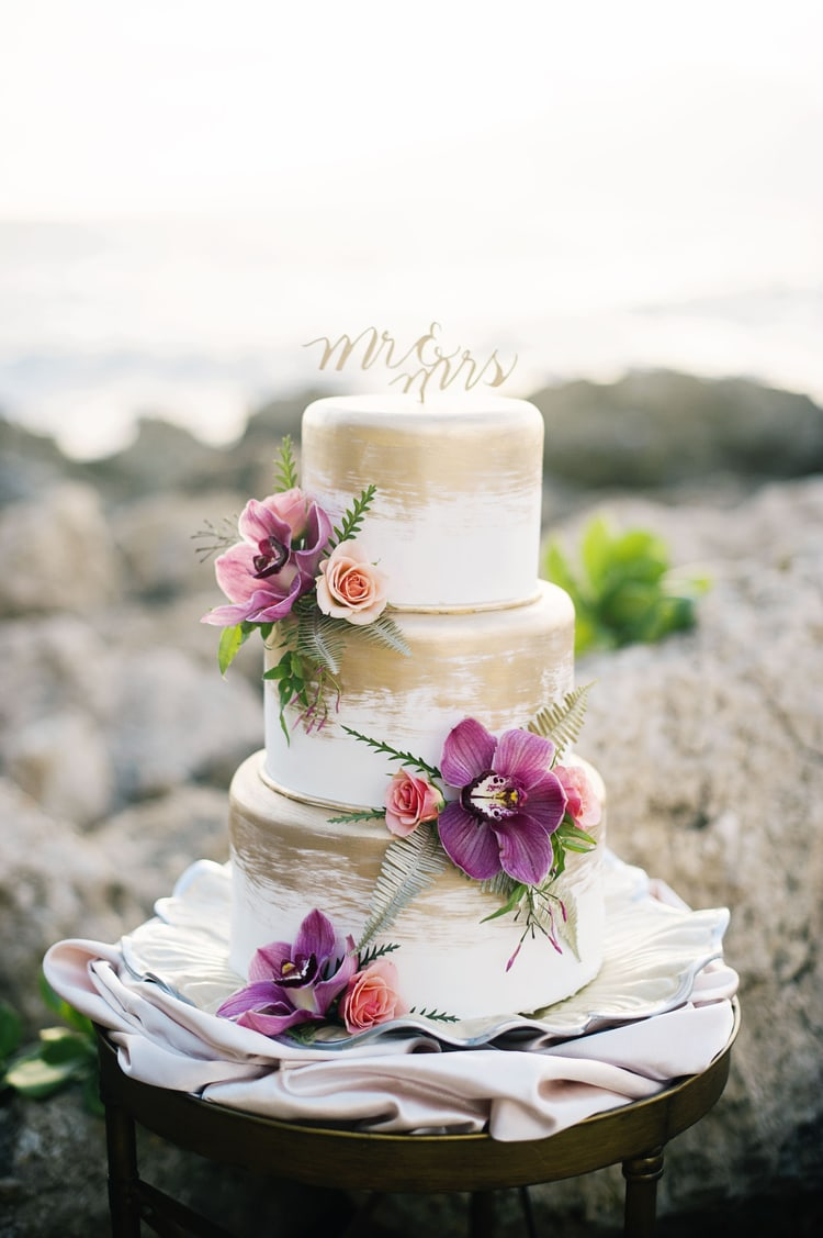 best destination wedding cake ideas 8