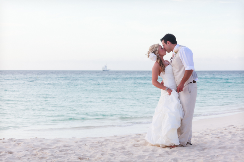 best destination wedding tips 002