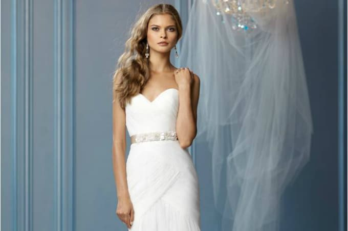 casual destination wedding dresses -featured