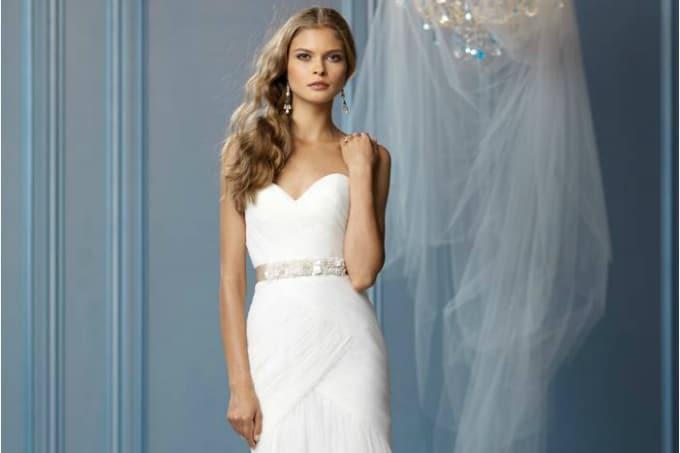 6c1fb8336e Casual Beach Wedding Dresses | Destination Wedding Details