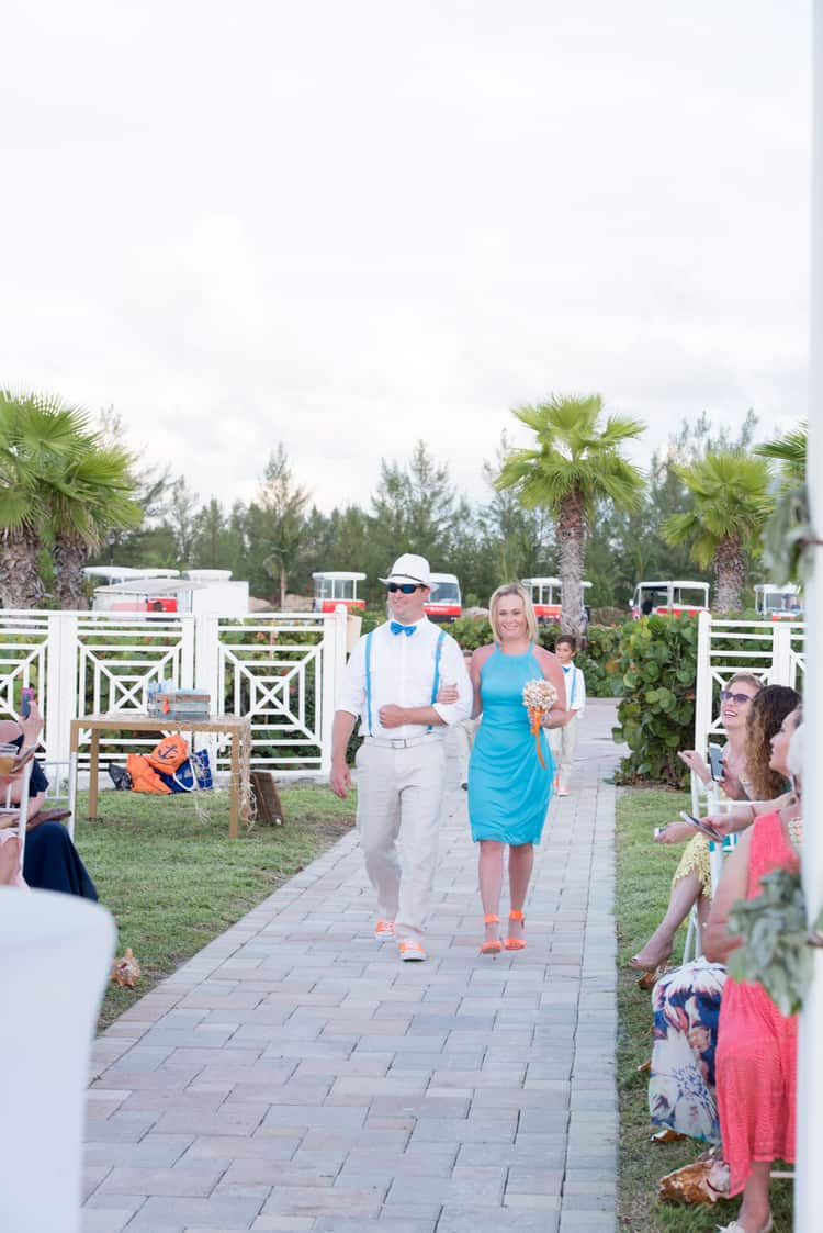 colorful beach wedding in the bahamas 109