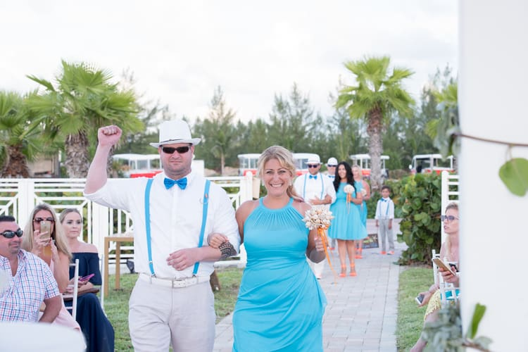 colorful beach wedding in the bahamas 111