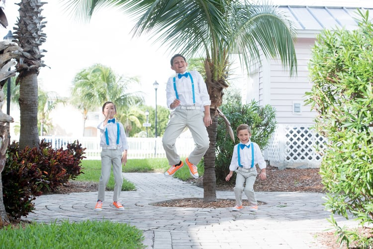 colorful beach wedding in the bahamas 147