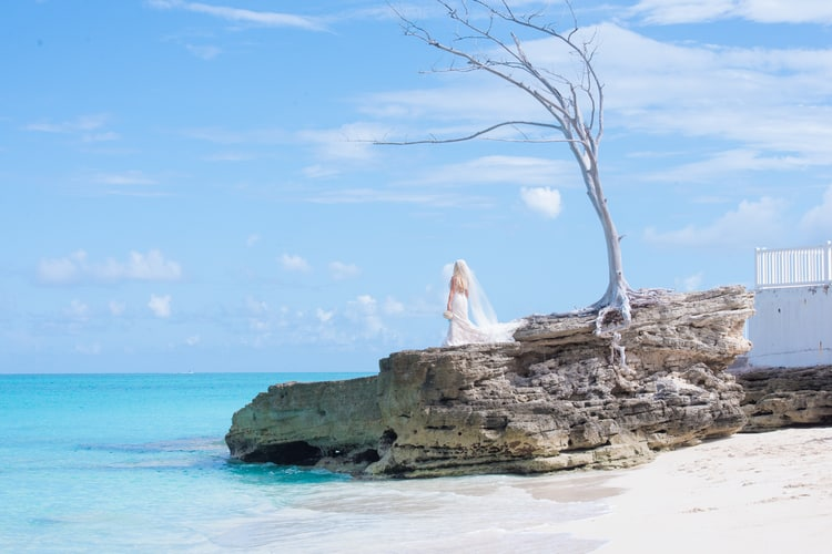 colorful beach wedding in the bahamas 47