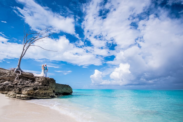 colorful beach wedding in the bahamas 50