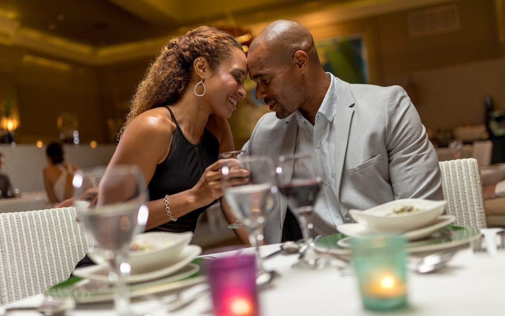 couples brand gallery 50 5c7955843fec7 1024x640