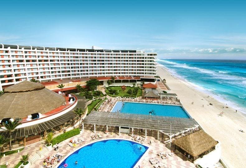 crown-paradise-cancun-weddings6