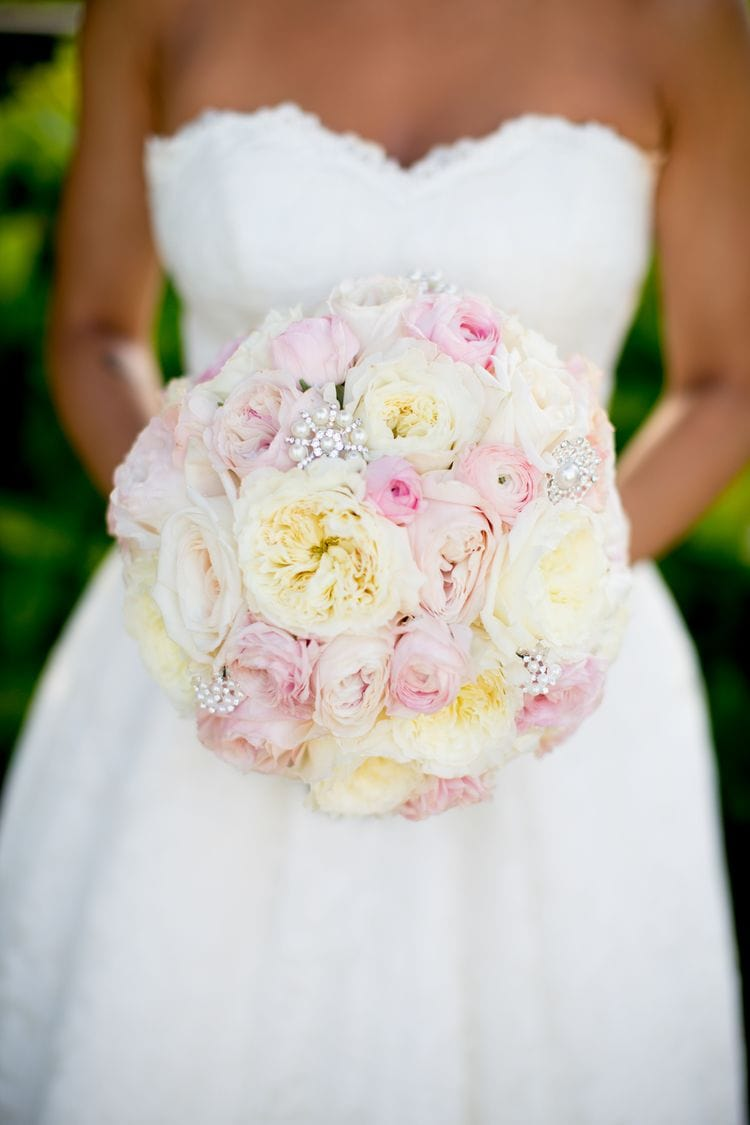 destination wedding bouquets 17