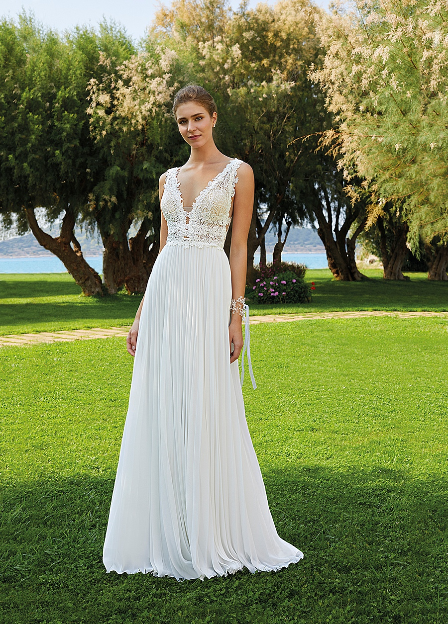 destination wedding dress 0009