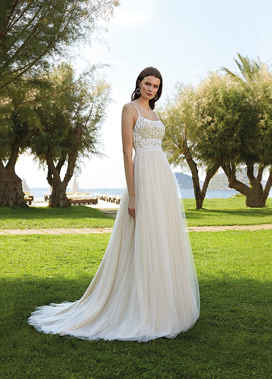 destination wedding dress 0066