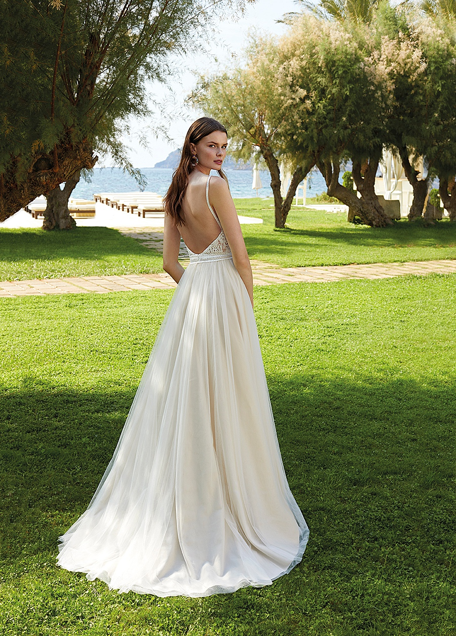 destination wedding dress 0067