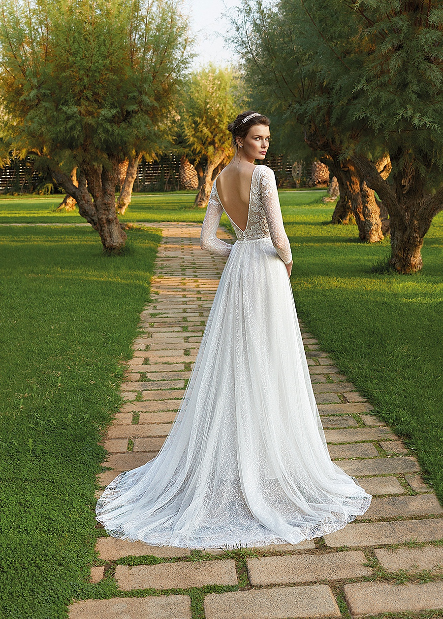 destination wedding dress 0074