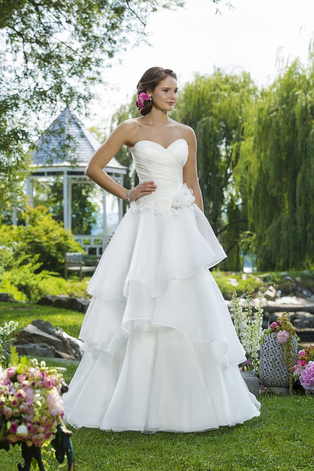 destination wedding dresses