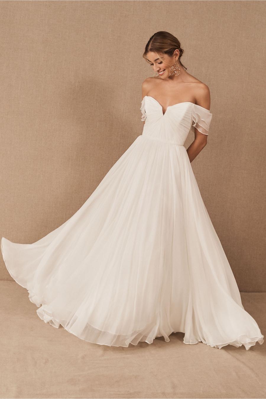 destination wedding dresses 1