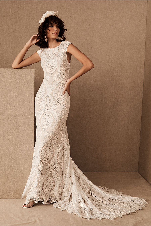 destination wedding dresses 0000
