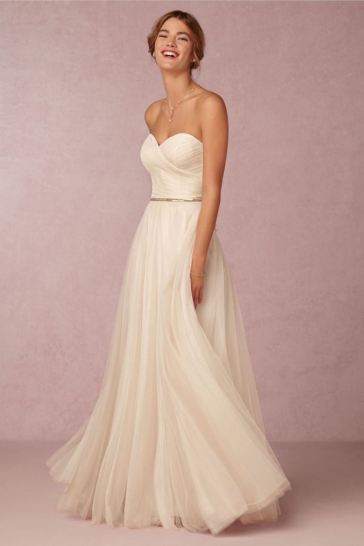 destination wedding dresses calla