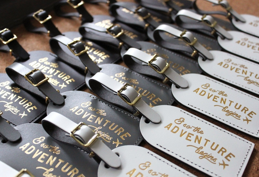 destination wedding favor luggage tag