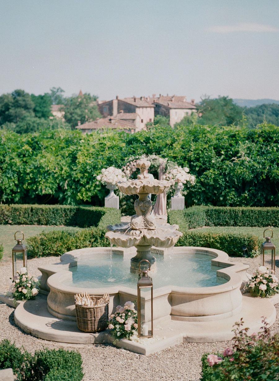 destination wedding in Arezzo 34