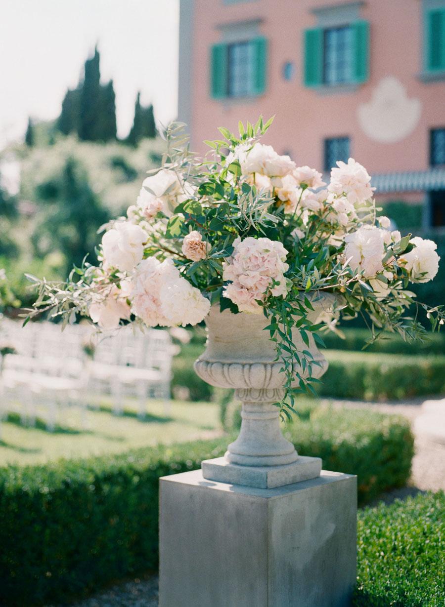 destination wedding in Arezzo 35