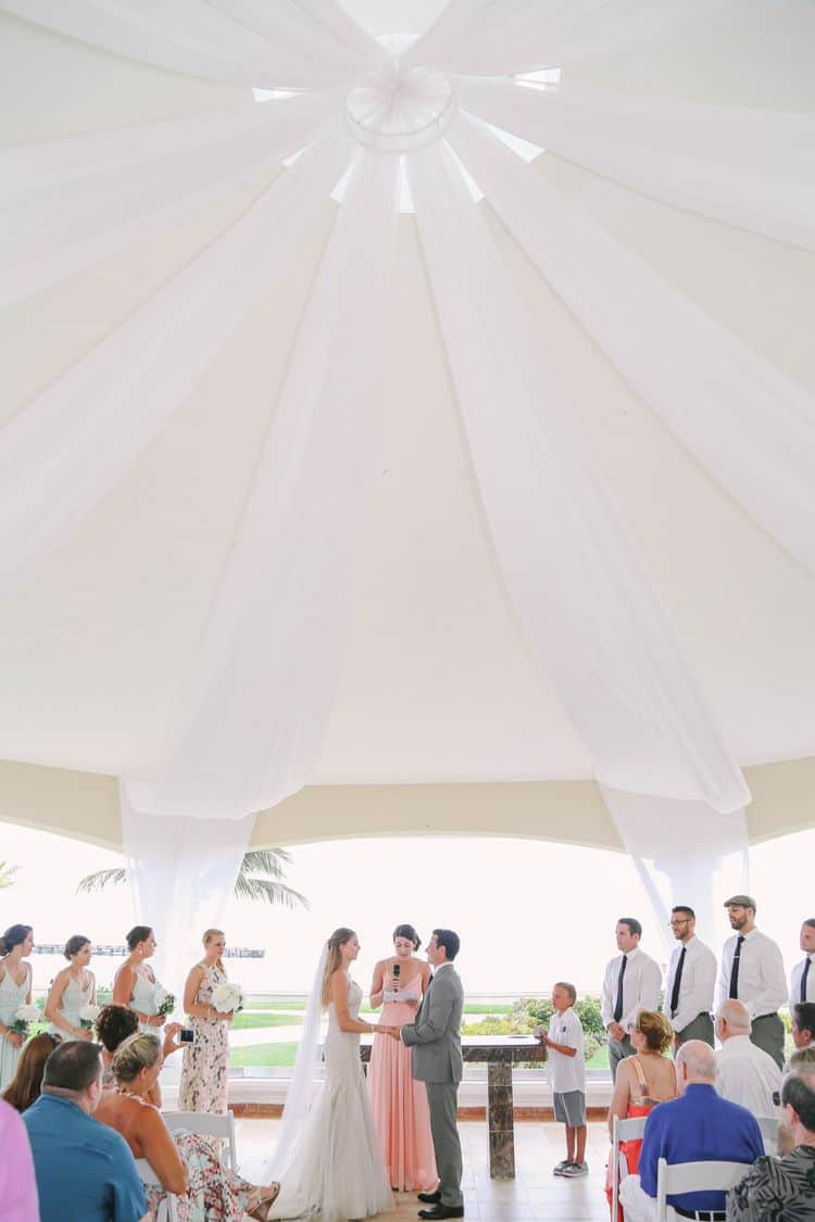 destination wedding in cancun at the Moon Palace gazebo