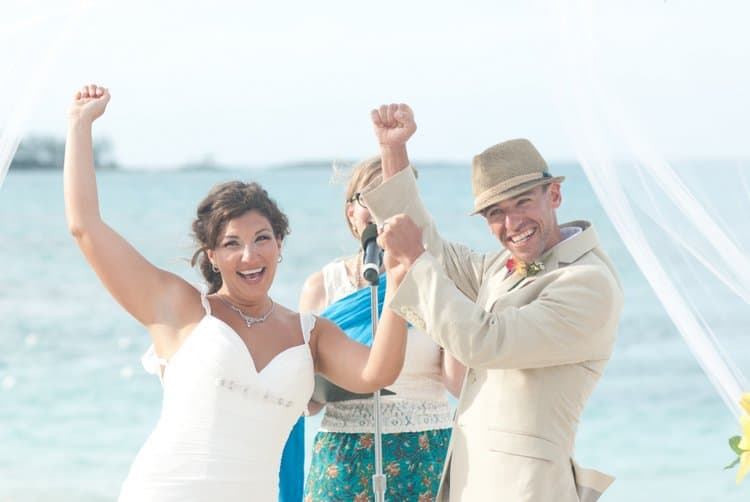 beach wedding in Nassau