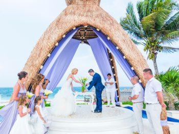 How Resort Destination Wedding Packages Work