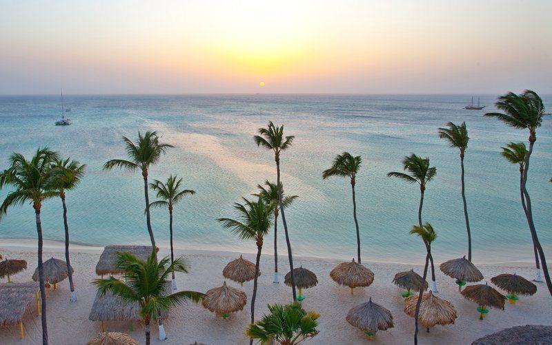 holiday-inn-aruba-weddings