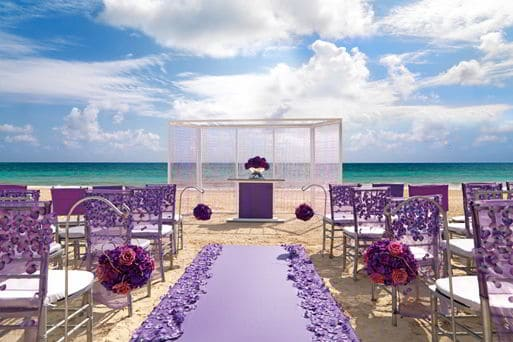 best destination wedding decorations