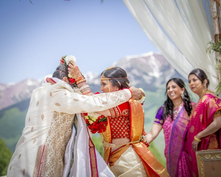 indian wedding in colorado mountains 19
