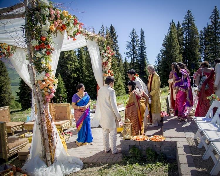 indian wedding in colorado mountains 35