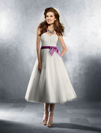 informal beach wedding dress 02