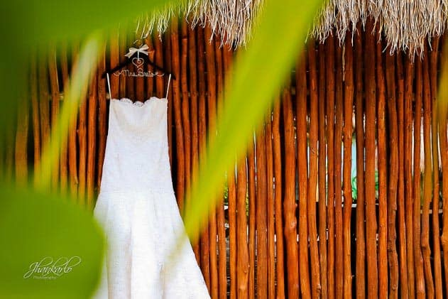 wedding in riviera maya dress