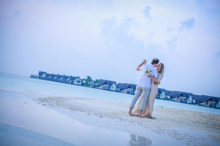 maldives wedding vow renewal 9