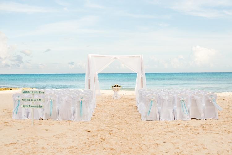 mint green destination wedding 13 1