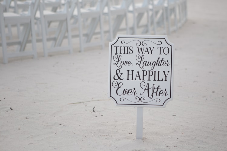 pink shell resort wedding 24