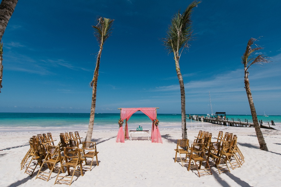 private Dominican republic wedding venue Huracan