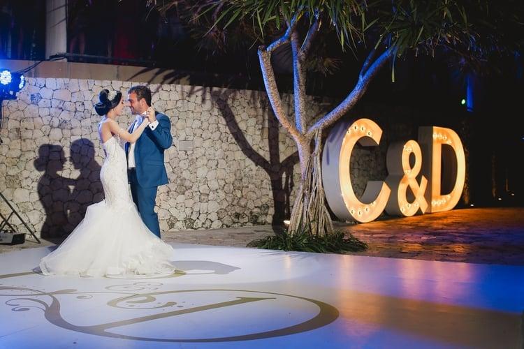 real destination wedding in Bali 31