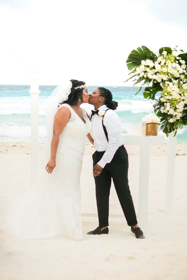 same sex destination wedding in cancun 93