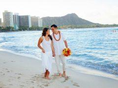 sheraton waikiki beach weddings 240x180
