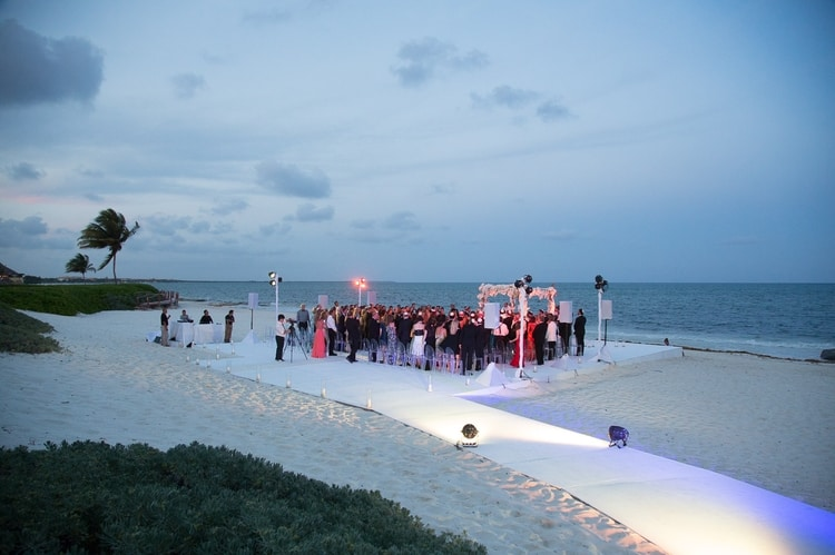 sunset beach wedding at Banyan Tree Mayakoba