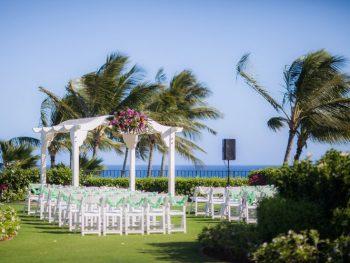 Tropical Destination Wedding at the Grand Hyatt Kauai Resort