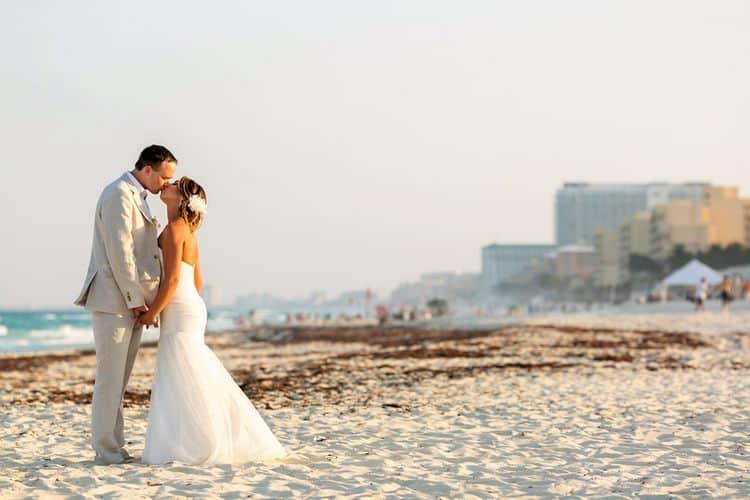 wedding in Live Aqua_59